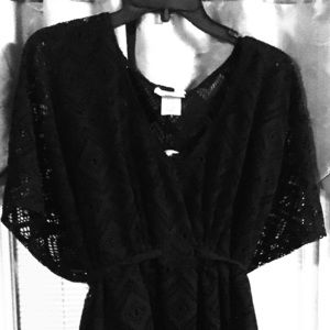 Black laced kimono sleeve blouse